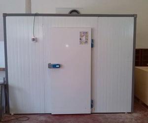 Cámara modular Kide con puerta pivotante