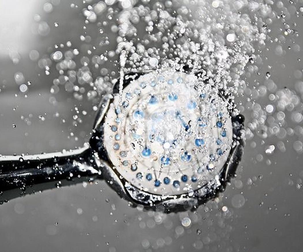 Trucos para ahorrar agua en la ducha