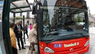 Torrelavega estudia ampliar el servicio del Torrebús con otra línea