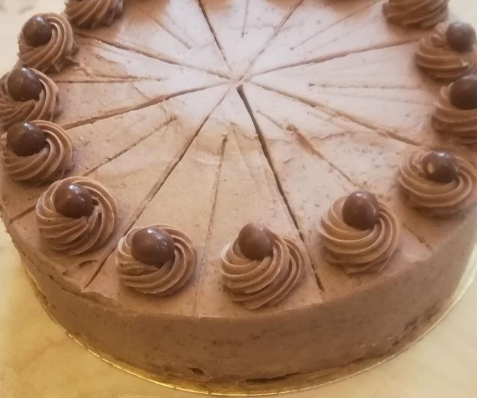 tarta de chocolate entre 12 y 10 raciones