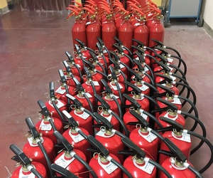 Recarga y retimbre de extintores