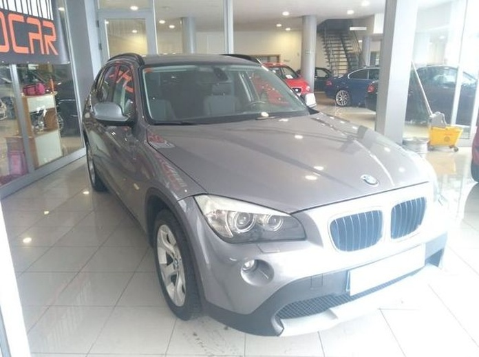 BMW X1 SDRIVE20d CON ENGANCHE DE REMOLQUE!!: Compra venta de coches de CODIGOCAR