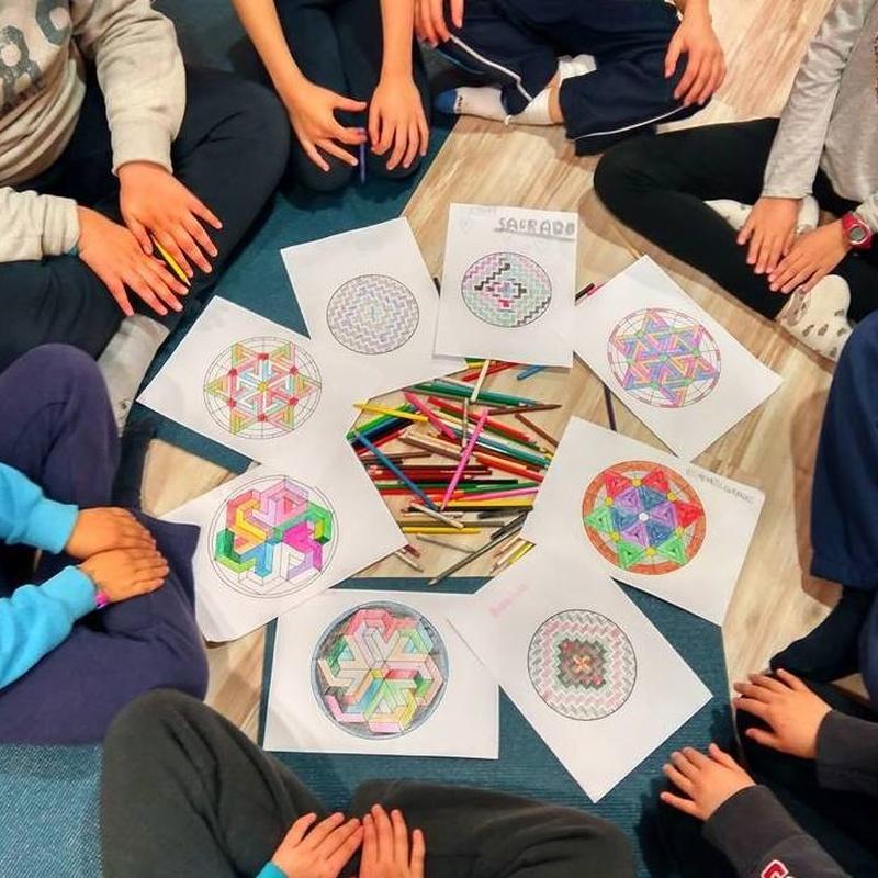Yoga para niños: Clases y talleres de Izel Yoga