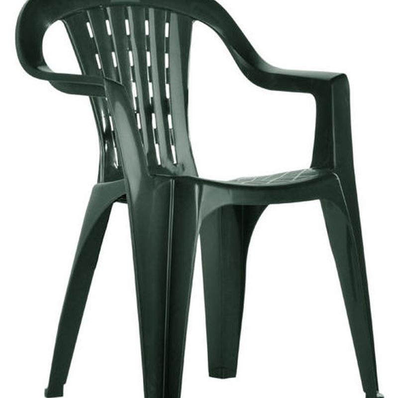 Alquiler de silla de plástico para eventos.
