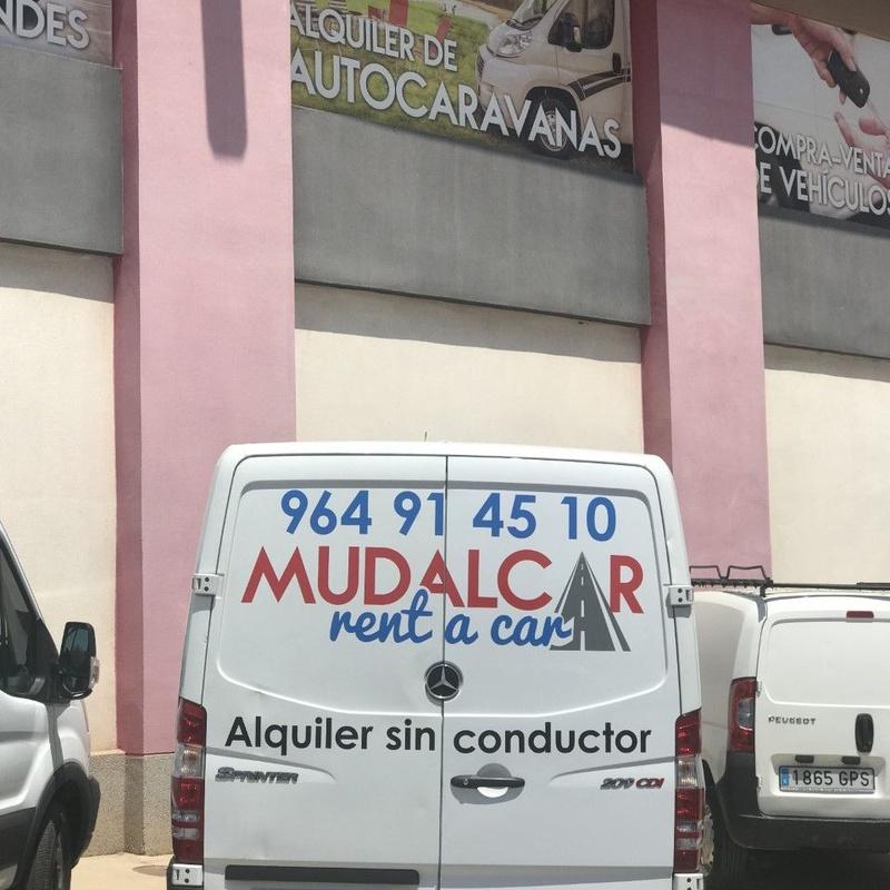 Alquiler furgonetas: Servicios de MUDALCAR     rent a car