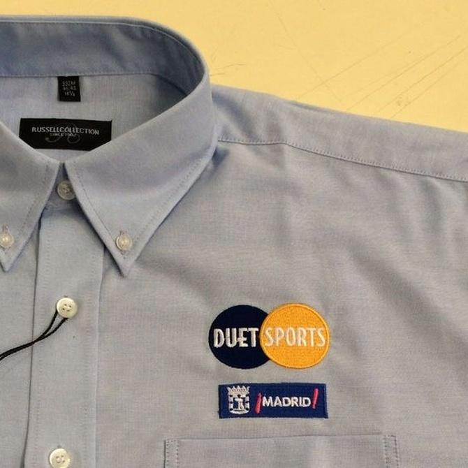 Ventajas de usar uniformes laborales bordados
