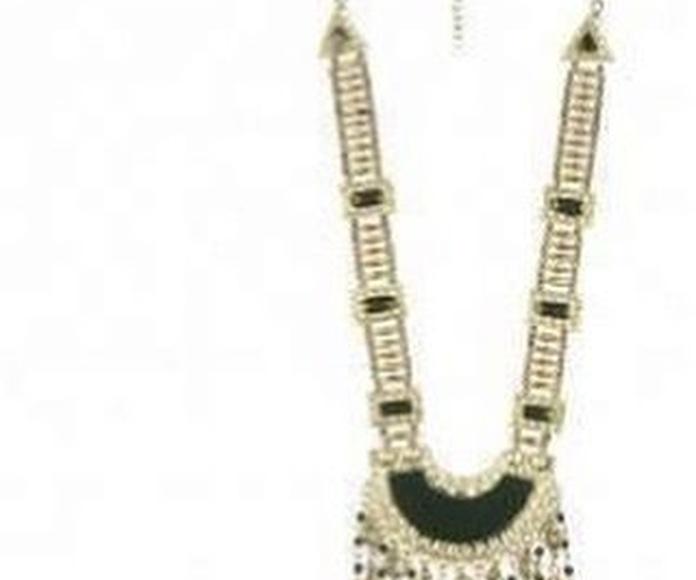 Collares: Moda, complementos y regalos de Juncal. V