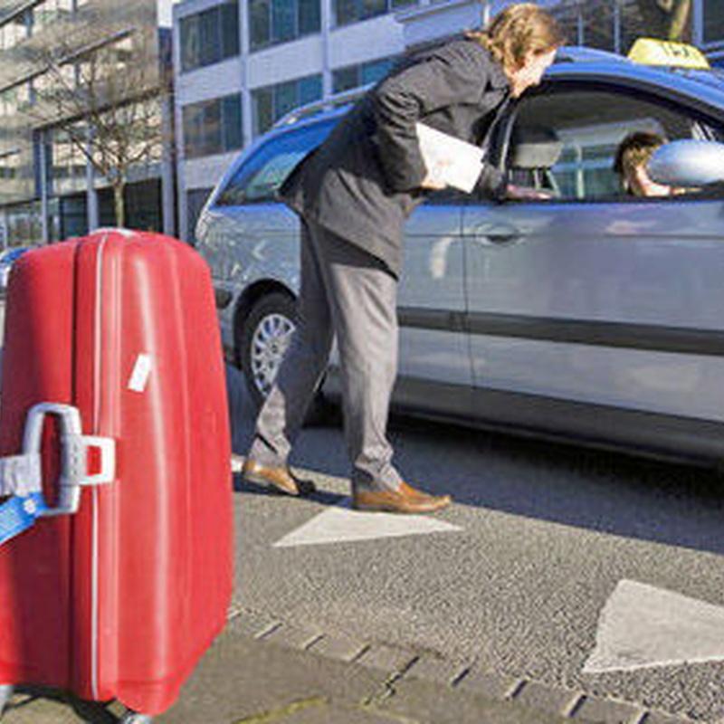 Servicio a empresas: Servicios de Taxi Lucena // Tel. 617 55 07 13