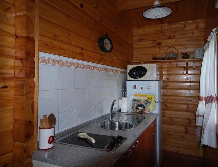 Cocina completa y menaje: Catálogo de Cabañas Quercus Apartamentos Turísticos
