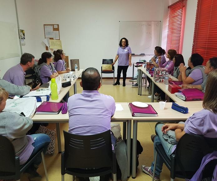 Entrenamiento en Estrategias Cognitivas: Caja Sensorial.: Proyectos y Servicios de Asociación Domitila