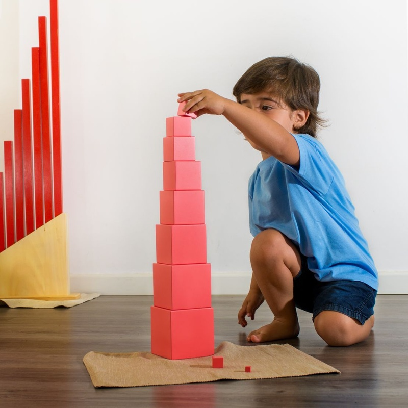 Método Montessori: Servicios de Llar d'Infants Somnis