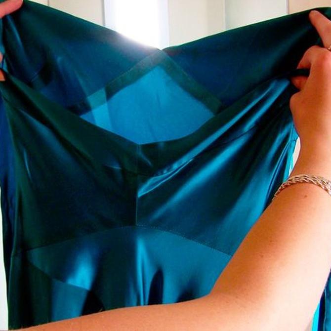 Elige el color más apropiado para un vestido