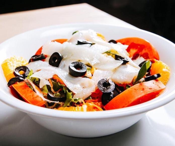 Ensaladas: Especialidades de Restaurante La Tahona