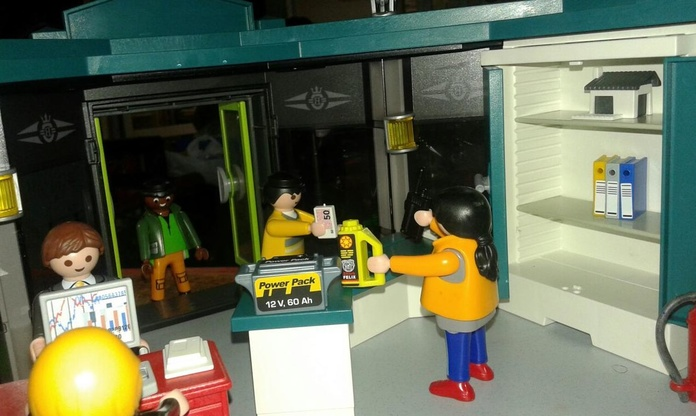 Playmobil. Venta de piezas usadas de coches en Desguaces Clemente de Albacete
