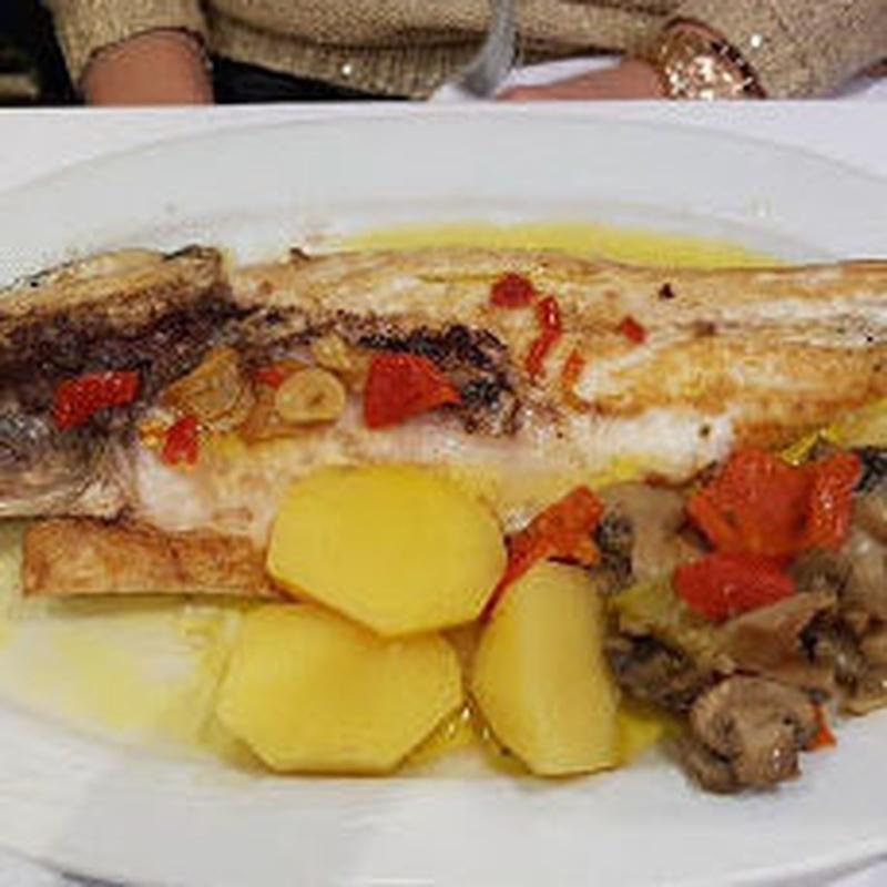 Pescados y mariscos: Cartas de Restaurante Mara