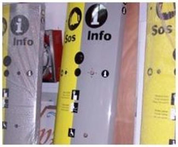 Rotulación interior: Nuestros servicios de Rolux Serigrafía y Rotulación, S.L.