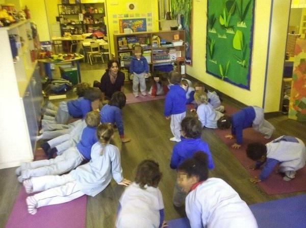 Yoga - Playschool - Guarderia - Cajar - Granada