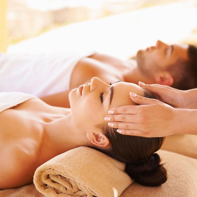Masaje relajante con aromaterapia en pareja: Servicios de Estética de Medicina & Estética Glamour
