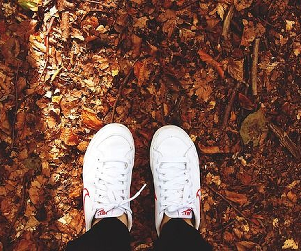 Cómo limpiar unas zapatillas blancas