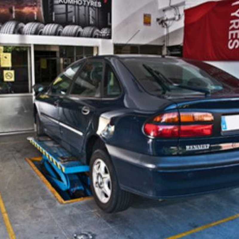 Cambio de neumáticos: Servicios de Neumáticos Berlá