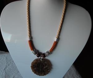 Colgante de cuero natural, piedra sol y jade ¡¡ VENDIDO !!