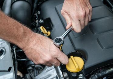 Reparaciones de automóviles con diagnosis actualizadas en todas las marcas
