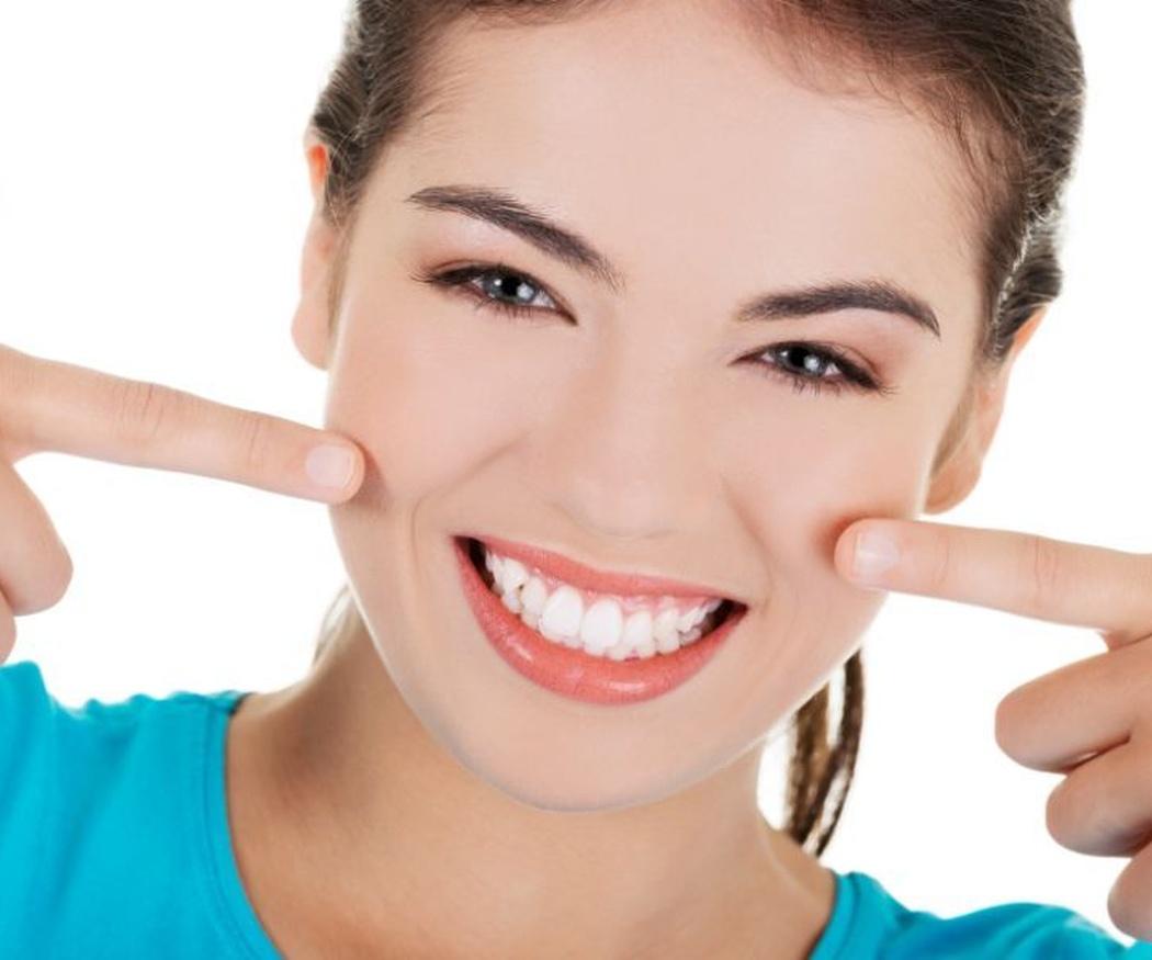 Diferencias entre coronas y carillas dentales