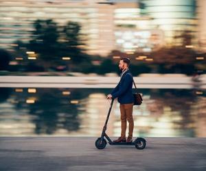 Alquiler de motos, quadfs, bicicletas y patinetes eléctricos