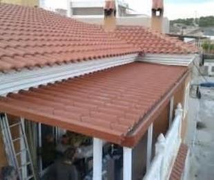 Soluciones para techos y sombras. Paneles metálicos