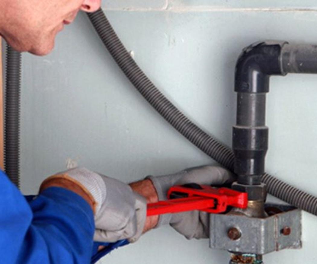 Por qué se atascan las tuberías y cómo evitarlo