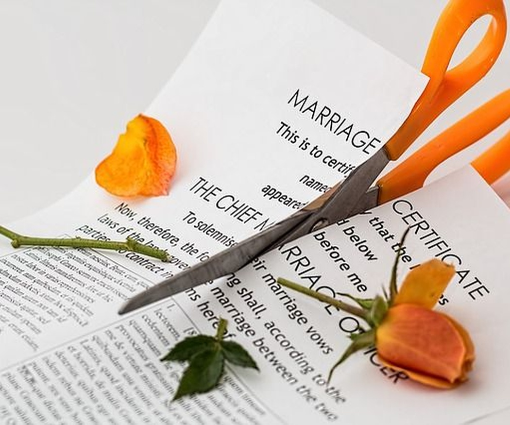 Cómo se dividen los bienes del matrimonio tras el divorcio