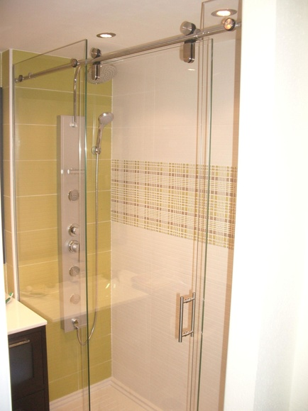 Mampara de ducha Madrid de CRISTALERA MADRILEÑA