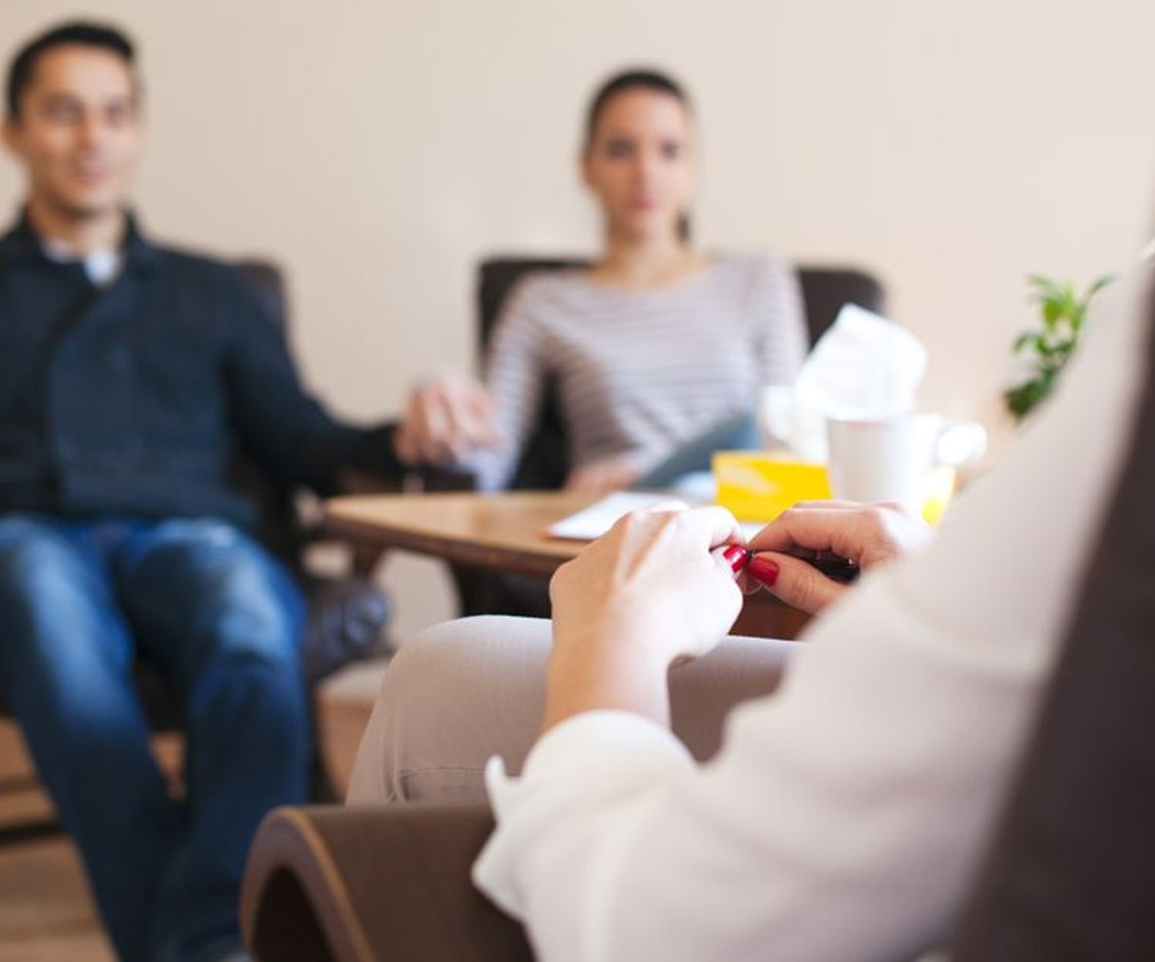 Te explicamos cómo es una terapia de pareja