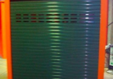 Diseño y fabricación de caseta para guardar máquina expenedora tiquet RENFE