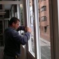 Cerramiento de terrazas: Productos de Carpintería Metálica Alcarreña, S.L.
