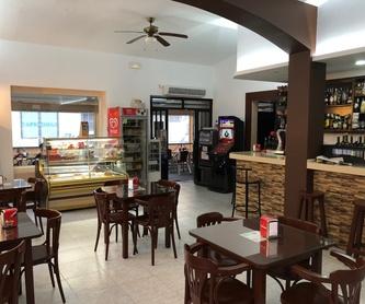 Pescaito frito: Carta de Tapería Cafetería Hostal Barbate