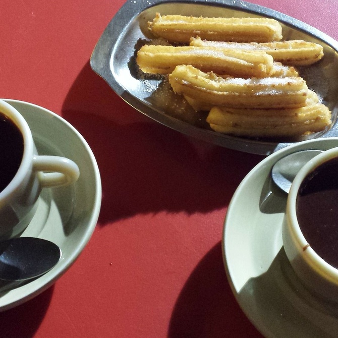 Churros con chocolate sin moverte de casa