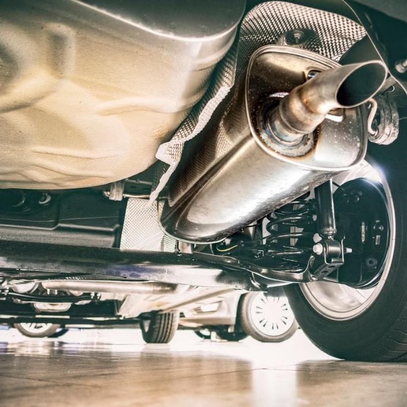 Alineaciones de dirección: Servicios de Neumáticos Mora