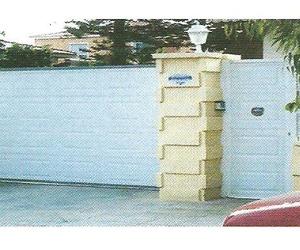 Puertas correderas y Peatonales a juego