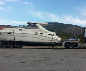 Transporte de embarcaciones por carretera y también las Islas