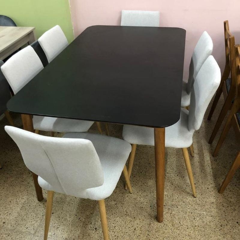 Mesa de madera y 6 sillas de tela gris: Productos de Remar Castellón