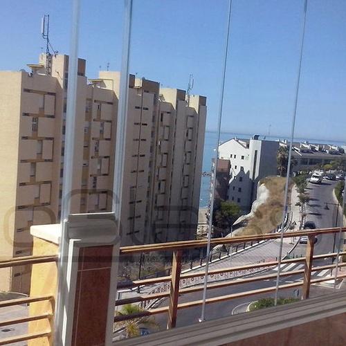 Glass curtain walls in Málaga