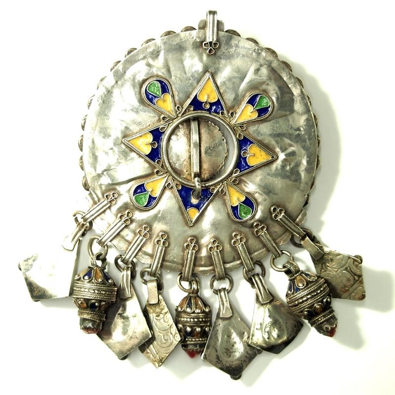 Fíbula kabileña: Catálogo de Antigua Joyeros