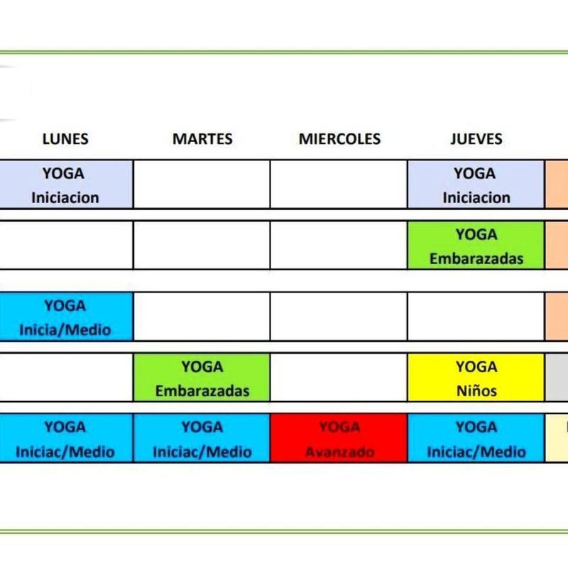 Horarios y precio de las clases: Clases y talleres de Izel Yoga