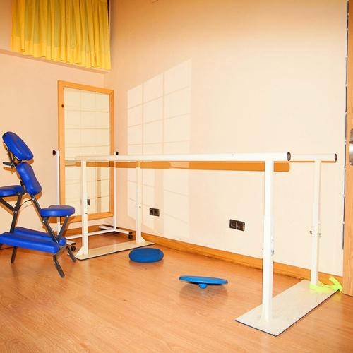 Fisioterapia deportiva en Alcalá de Henares. Sala de rehabilitación y Pilates.