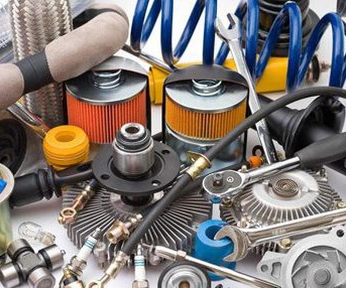 Mecánica rápida: Servicios de MCE Autos