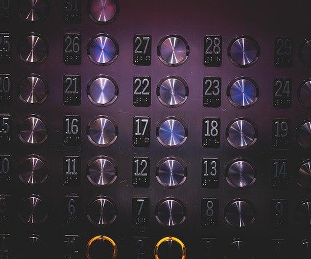 El origen de los ascensores