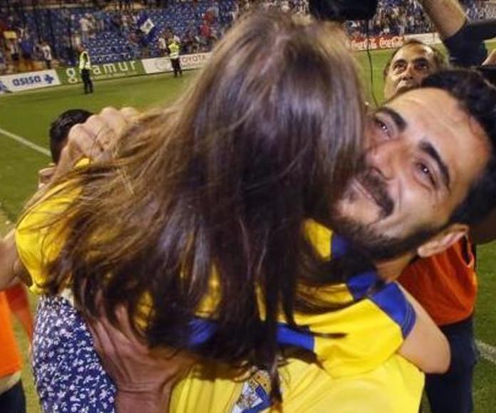 Un gol de Güiza empuja al Cádiz a Segunda división