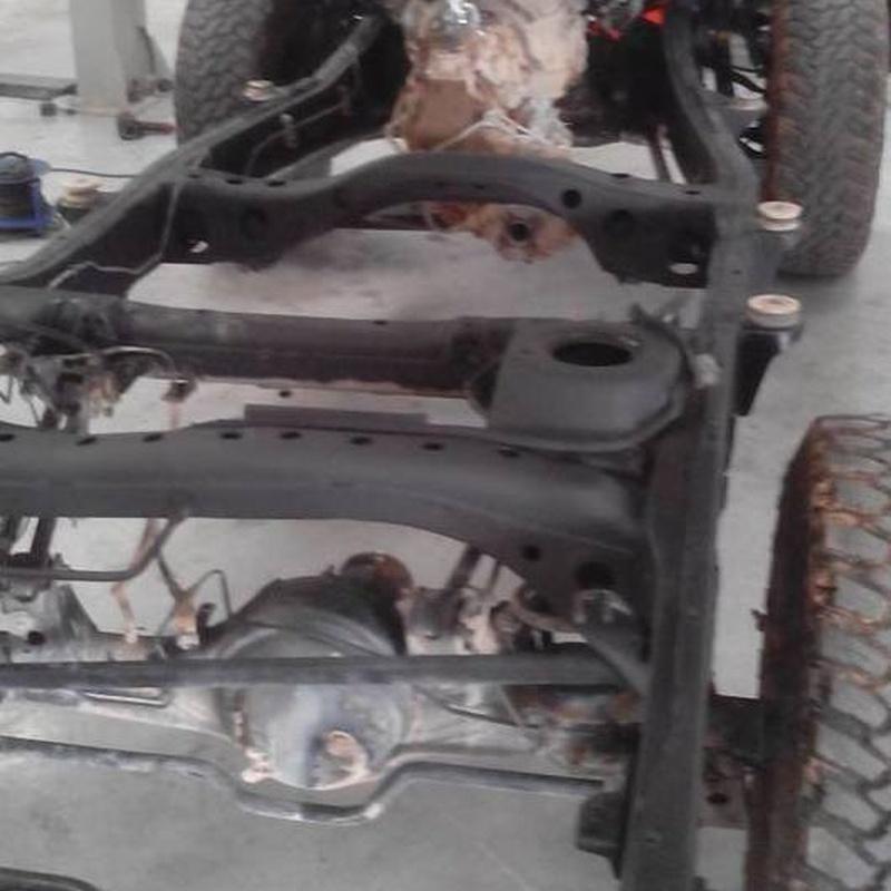 Reparacion 4x4 Todoterreno: Servicios de Herrero Automoción