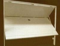 Puertas de garaje y de local: Catálogo de Carpintería de Aluminio Hermanos Almansa, S.L.
